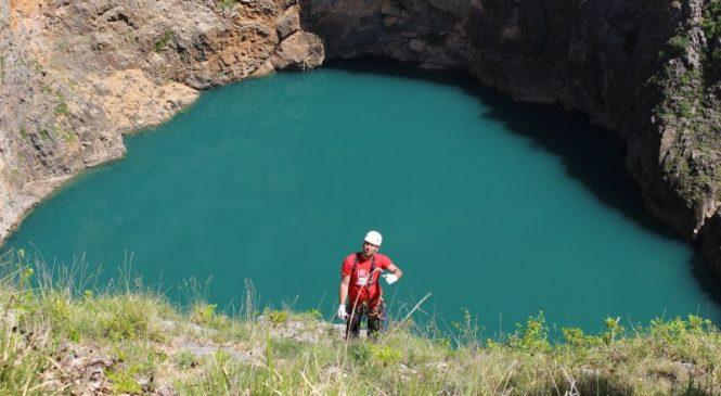 Radni zaron u Crvenom jezeru