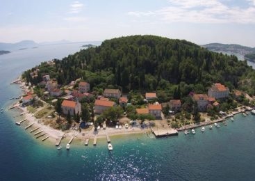 Vrnik – otok kamenog blaga